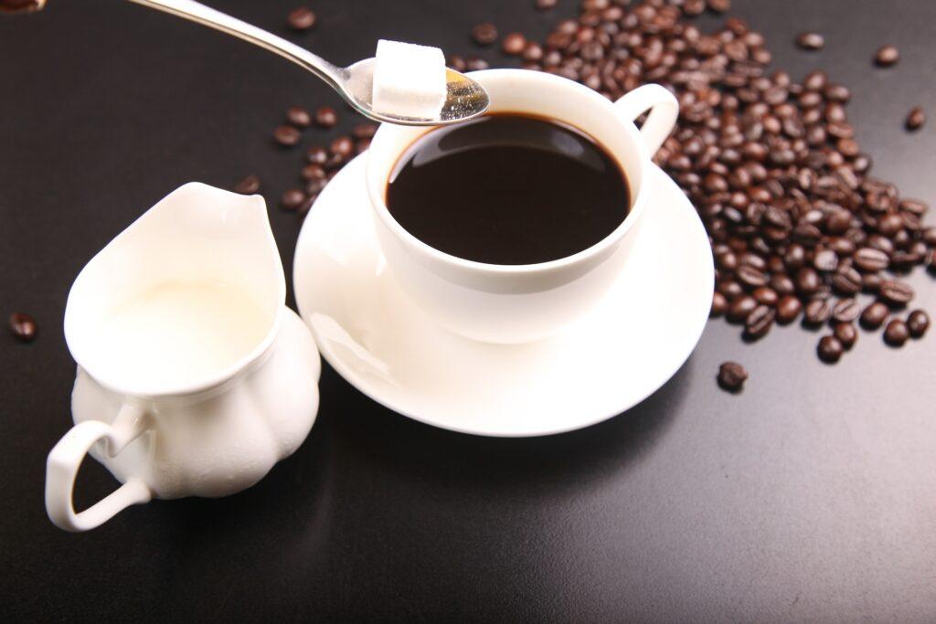 Kawa może nasilać objawy migreny