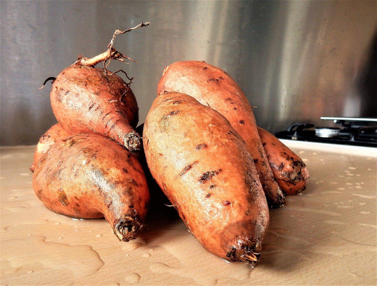 Bataty - słodkie ziemniaki dla pięknej skóry